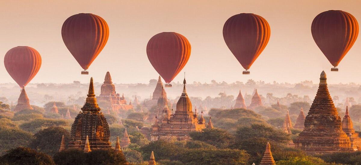 Ballonfahrten über das Tempelfeld der historischen Königsstadt sind eine beliebte Aktivität in Bagan und zählen zu den wohl beeindruckendsten Erlebnissen.