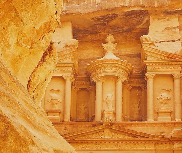 Berühmtes Schatzhaus der Felsenstadt Petra