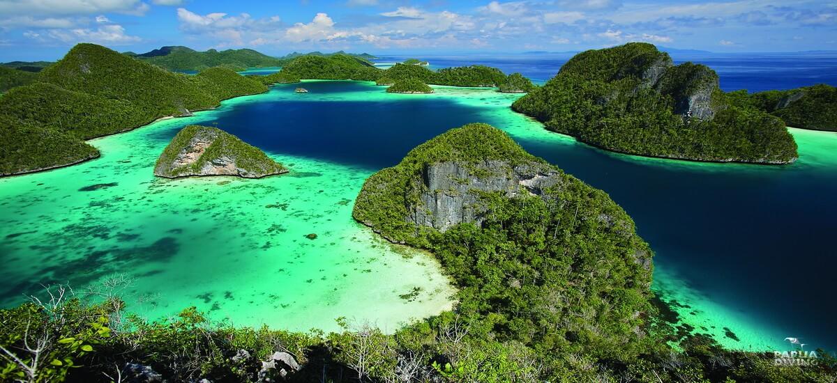 Raja Ampat in Indonesien zählt zu den Top Tauchgebieten der Welt.