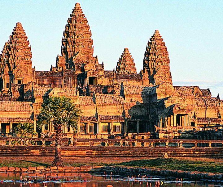 Angkor Wat ist der berühmteste und größte Sakralbau der Welt. Die Tempelanlage ist ein UNESCO Weltkulturerbe.