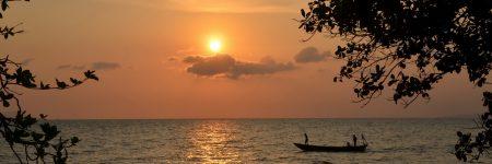 Romantische Atmosphäre bei Sonnenuntergang in Kep, Kambodscha