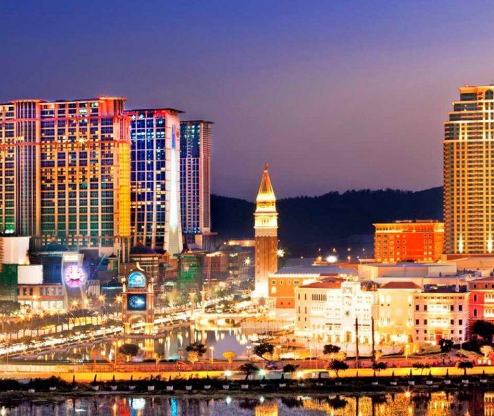 """Mit """"Cotai Strip"""" wird in Macau das gesamte Areal der Hotelkasinos bezeichnet."""