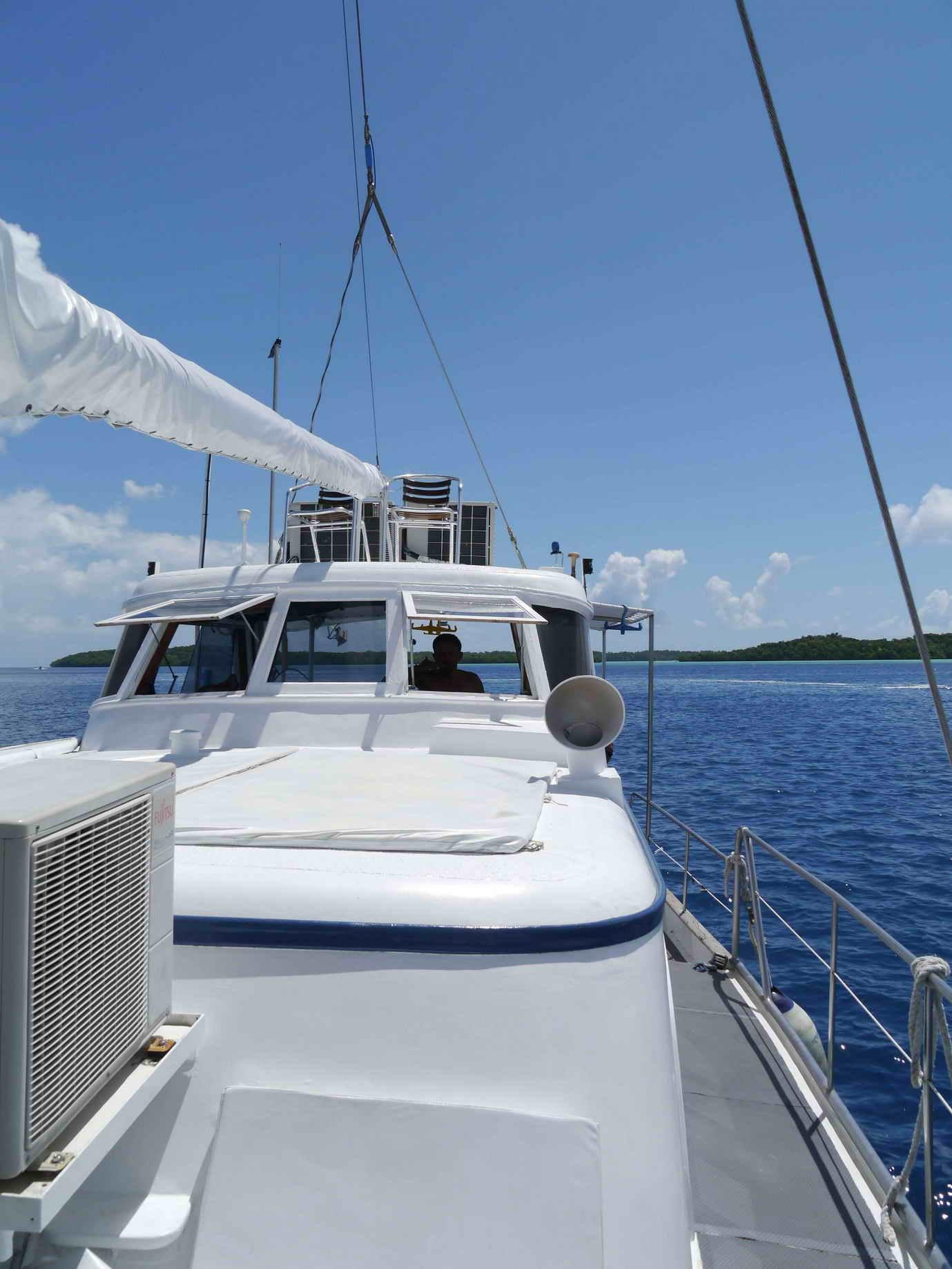 Bei einer Tauchsafari auf der Ocean Hunter hat man die Gelegenheit die Rock Islands von Palau nochmal von einer ganz anderen Perspektive zu sehen.