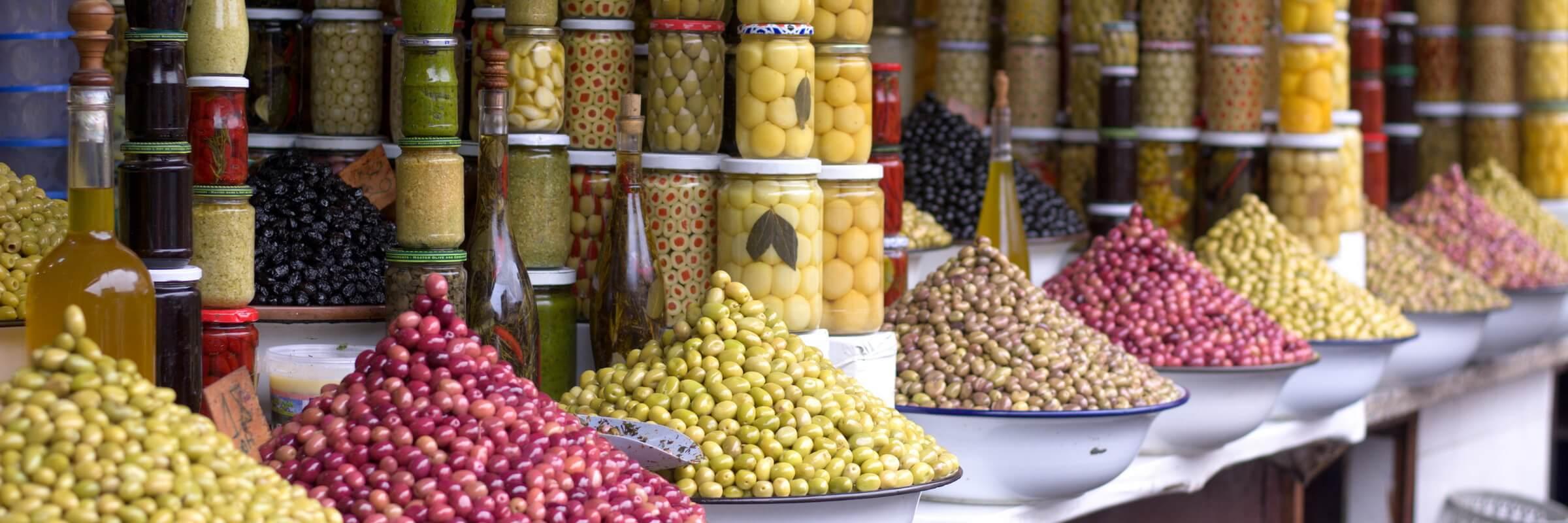 Auch kulinarisch hat der Libanon viel zu bieten, die libanesische Küche gilt als eine der Feinsten der Welt.