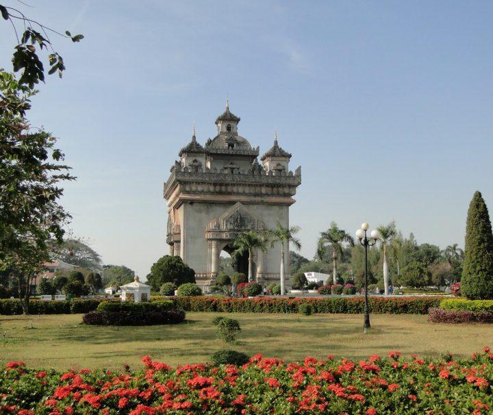 Der Pautxai ist der Triumphbogen in der laotischen Hauptstadt Vientiane und eines der wichtigsten Denkmäler