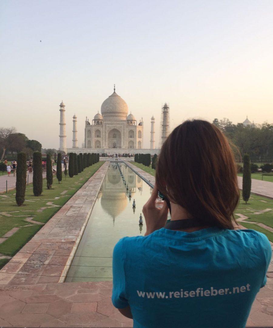 Ein Sonnenaufgang am Taj Mahal in Indien, ein Highlight.
