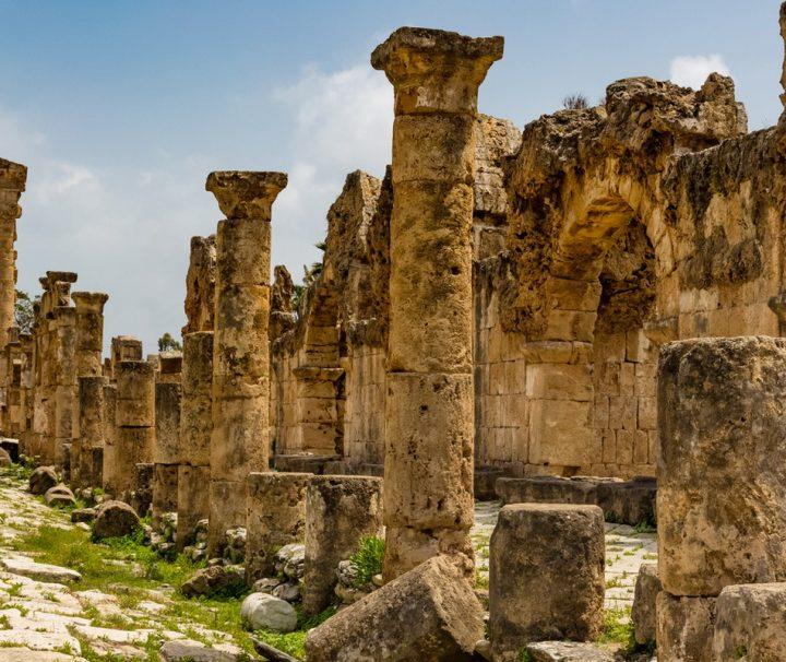 Vor den Toren der Stadt Tyre im Libanon finden sich zahlreiche Ruinen aus der Römerzeit.