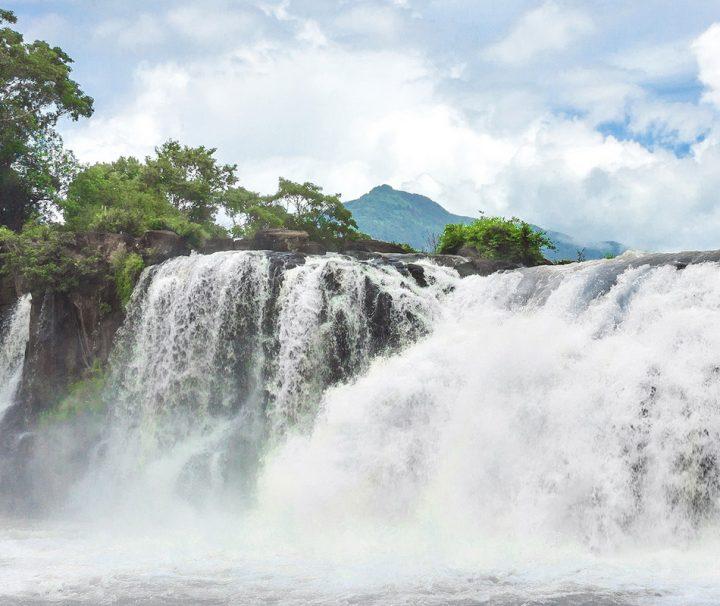Das kleine Städtchen Tad Lo ist bekannt für die wunderschönen Wasserfälle in seiner unmittelbarer Umgebung.