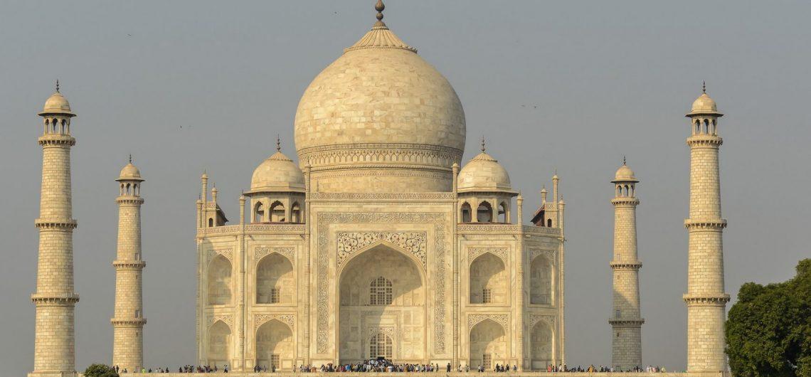 In Agra befindet sich das weltberühmte Taj Mahal, das unvergleichbare Denkmal der Liebe