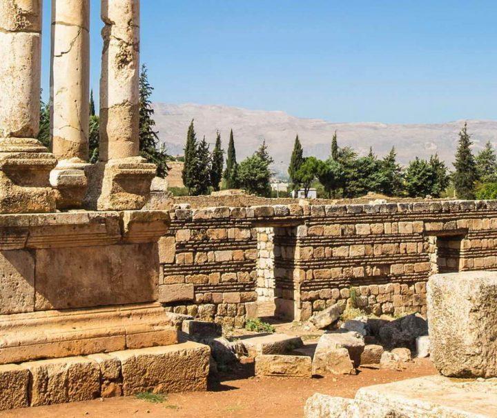 Die Tempelanlage von Baalbek gilt als eines der größten und bedeutendsten Beispiele römischer Architektur in Nahen Osten.