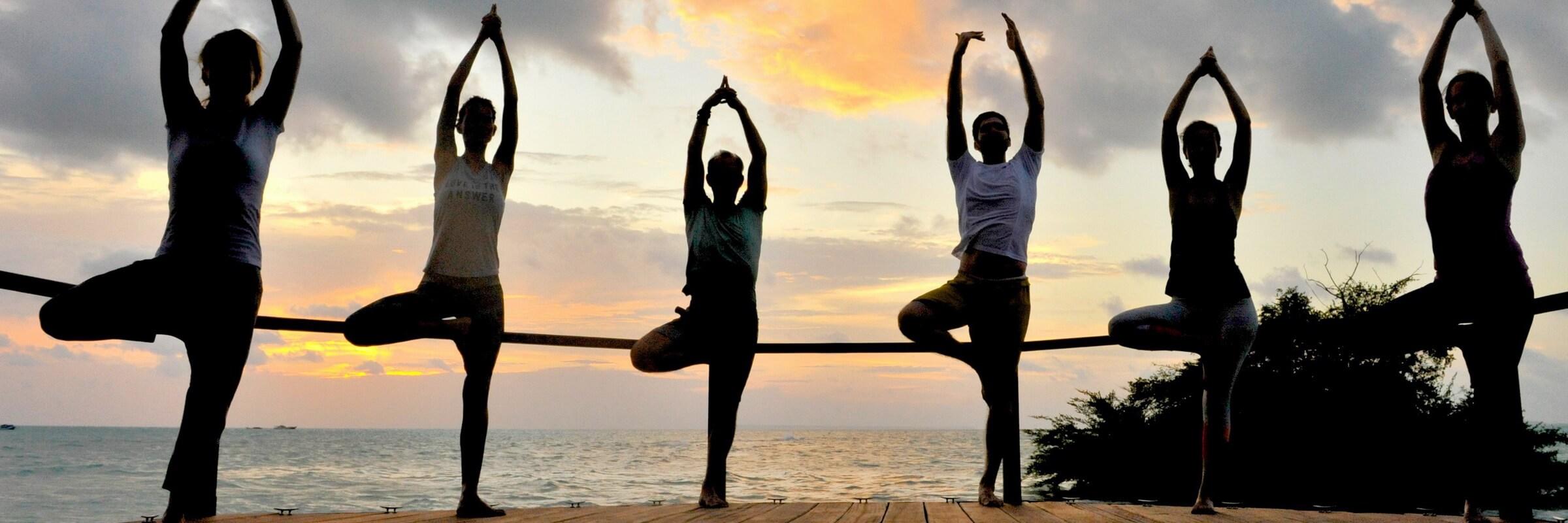 Das Virgin Cocoa bietet ein vielseitiges Yoga-Angebot aus Vinyasa Yoga bis hin zum entspannenden Yin Yoga, es können auch private Yogastunden gebucht werden.