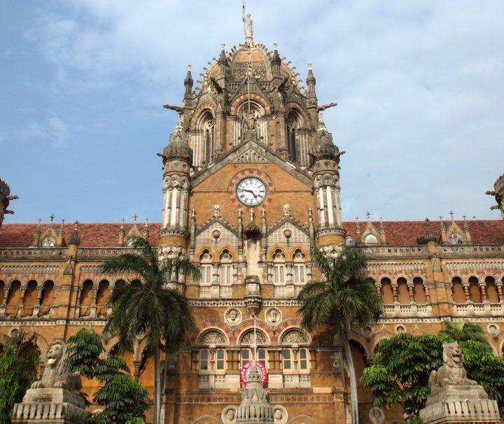 Das Rathaus der Stadt Mumbai im orientalischen-gotischen Stil, einst von den Engländern erbaut.