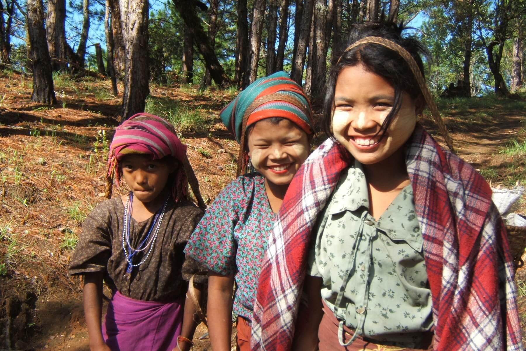 Land und Leute können während eines Myanmar Trekking erfahren werden.