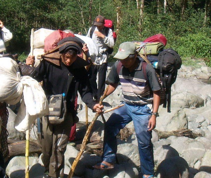 Im Norden von Myanmar wie in Putao können mehrtägige Trekking Touren unternommen werden