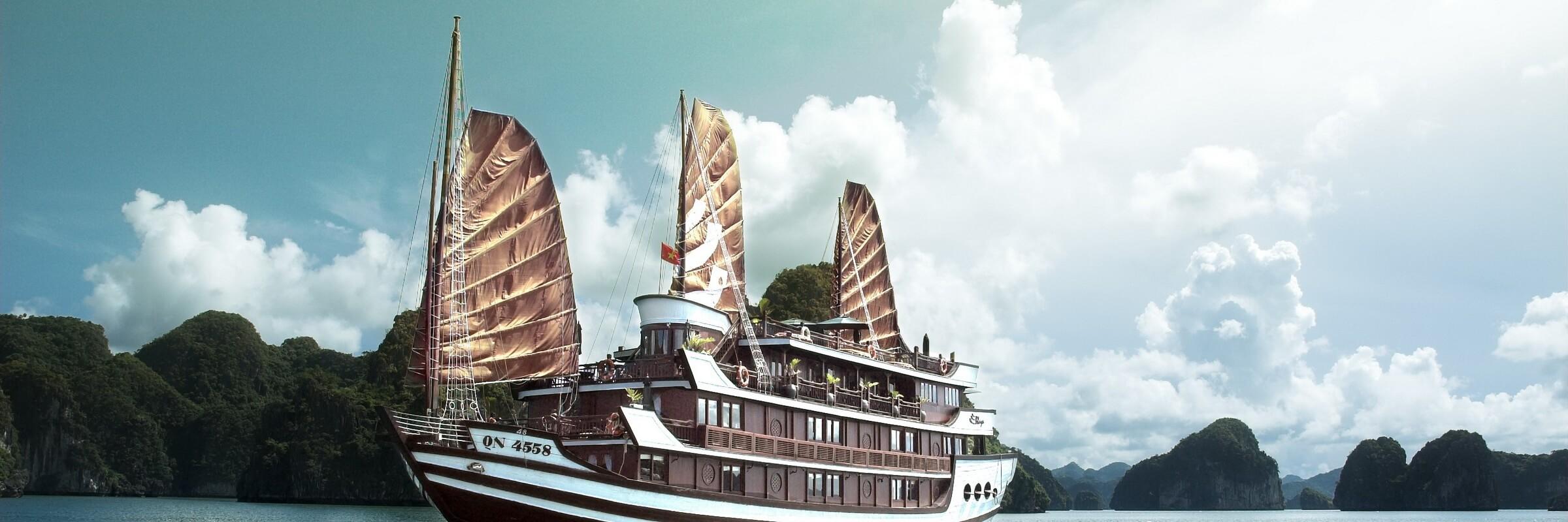 Die Bhaya Cruise in der Halong Bucht, Vietnam