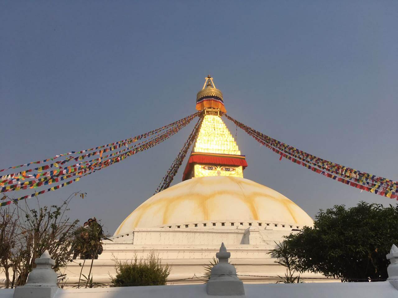 Leuchtet besonders schön in der Sonne, die Bodnath Stupa in Kathmandu, Nepal