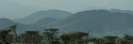 Die beeindruckende Naturlandschaft des Hajar Gebirges bietet zu jeder Tageszeit einen fantastischen Anblick.