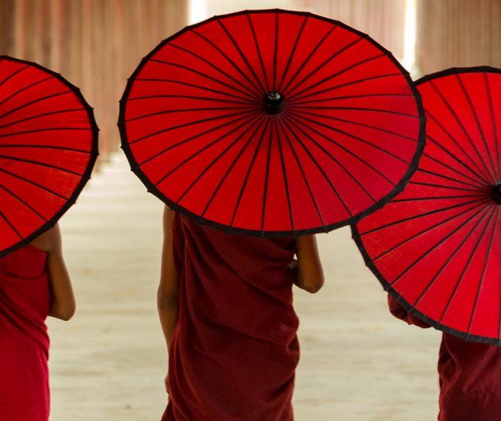 In buddhistisch geprägten Ländern wie Myanmar trifft man häufig auf junge Novizen.