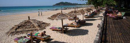 Der von Kokospalmen umgebene weiße Sandstrand Ngapali-Beach erstreckt sich über drei Kilometer und ist ein perfekter Ort für einen traumhaften Badeurlaub.