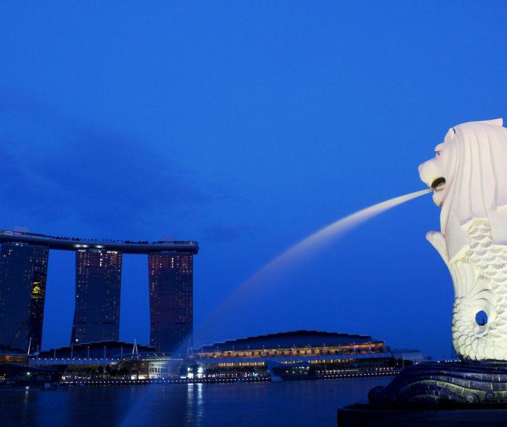 Der Merlion, eine Sagengestalt die eine Mischung aus Löwe und Fisch ist, ist der Schutzpatron von Singapur.