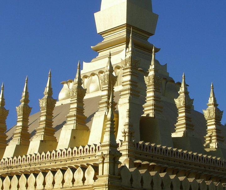 Der Buddhistische Stupa Pha That Luang ist ein religiöses Monument und Nationalsymbol von Laos.
