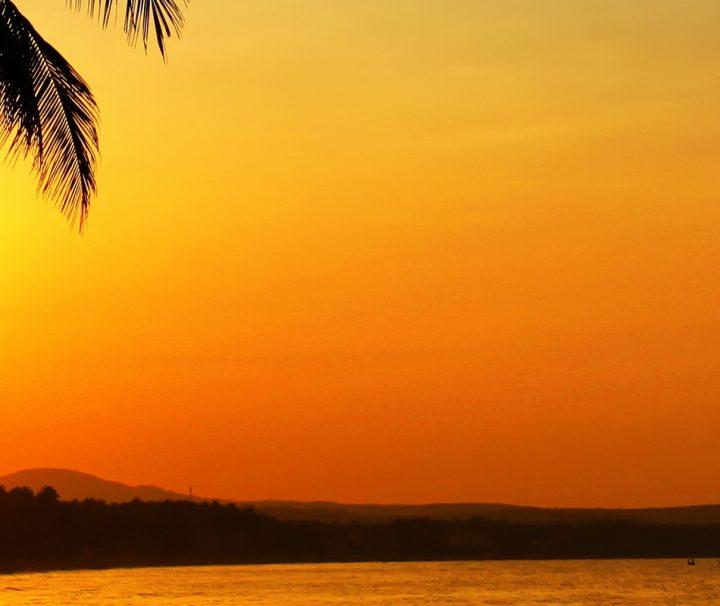 An Vietnams Küsten finden sind zahlreiche endlose Traumstrände, die zum Schwimmen, Baden und Schnorcheln einladen.