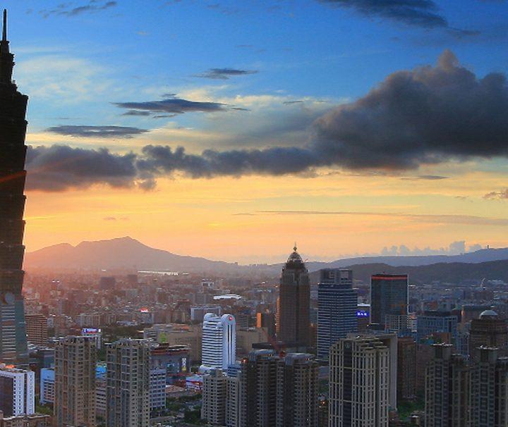 Das Taipei 101 ist das Wahrzeichen von Taipeh in Taiwan, und war mit einer Höhe von 508 m bis 2007 das höchste Gebäude der Welt.