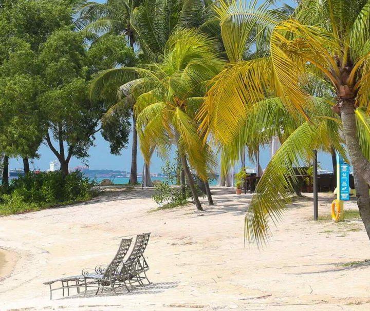 Die unweit von Singapur gelegene Insel Sentosa ist ein Naherholungsgebiet für die Bevölkerung mit zahlreichen Gärten und Vergnügungsmöglichkeiten.