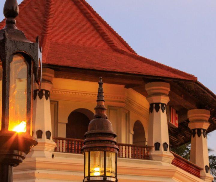 Der Tempel des Zahns verdankt seinen Namen dem kostbaren Heiligtum, das hier aufbewahrt wird – ein Zahn Buddhas.