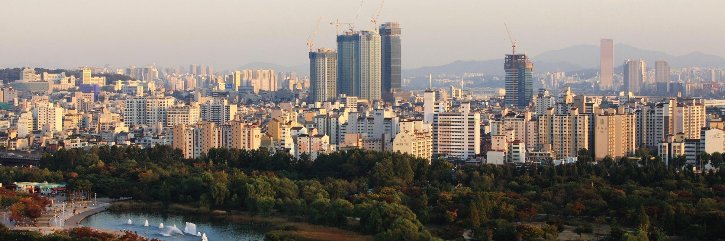 Südkoreas Hauptstadt Seoul ist das Finanz-, Kultur- und Bildungszentrum des Landes.