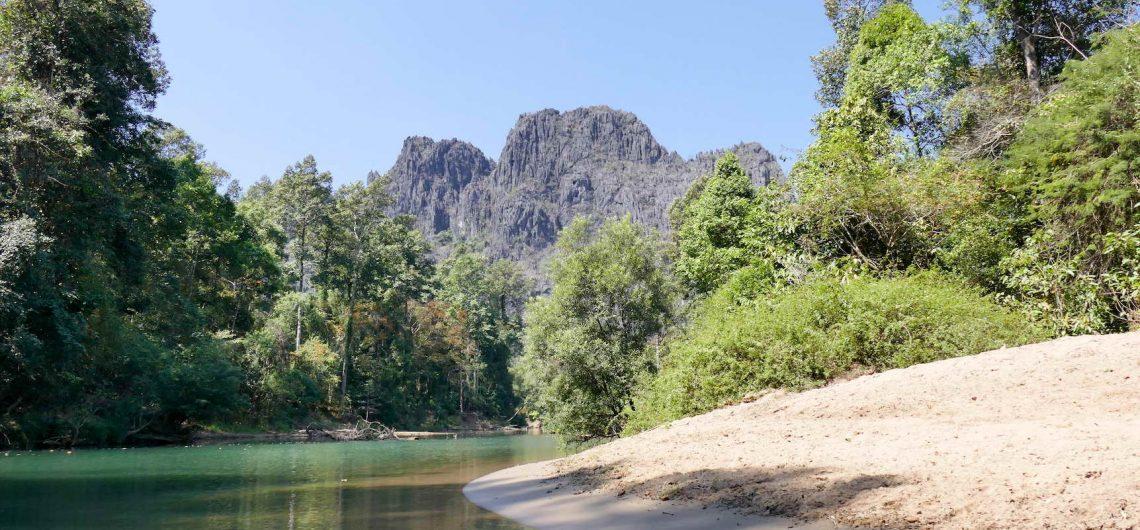 Kong Kor am Hin Boum Laos