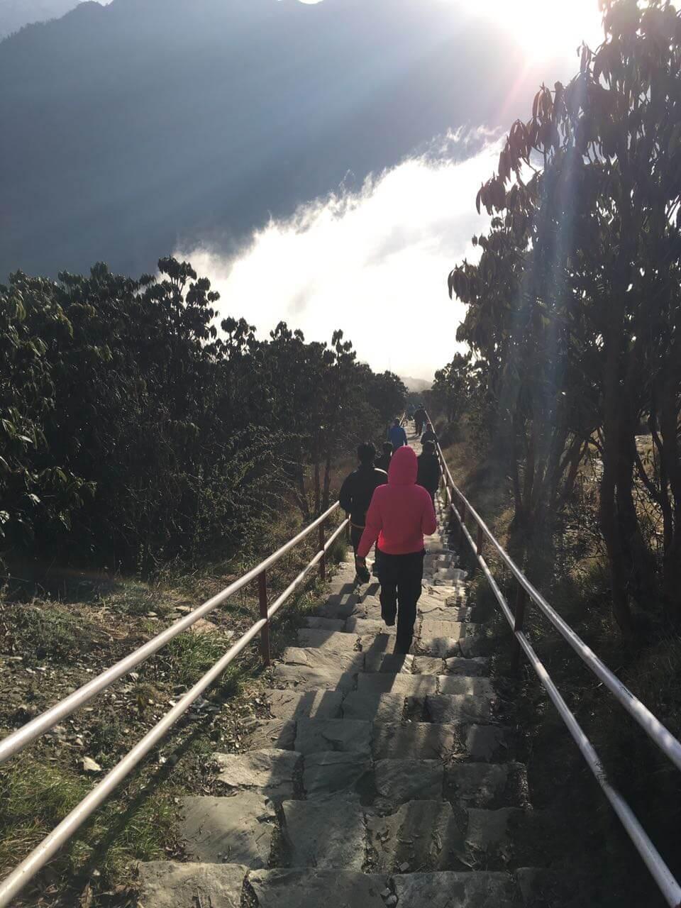 Der Abstieg ins Tal