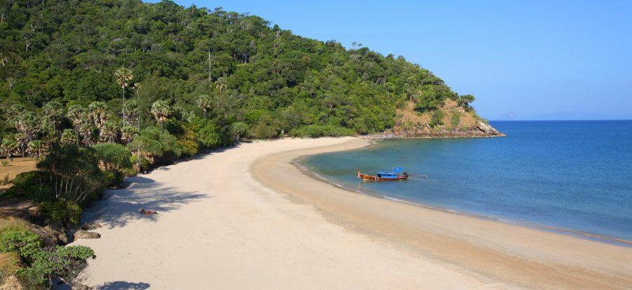 Cape Tanod ist der am südlichsten gelegene Strand auf Koh Lanta und befindet sich im Mu Koh Lanta Nationalpark.