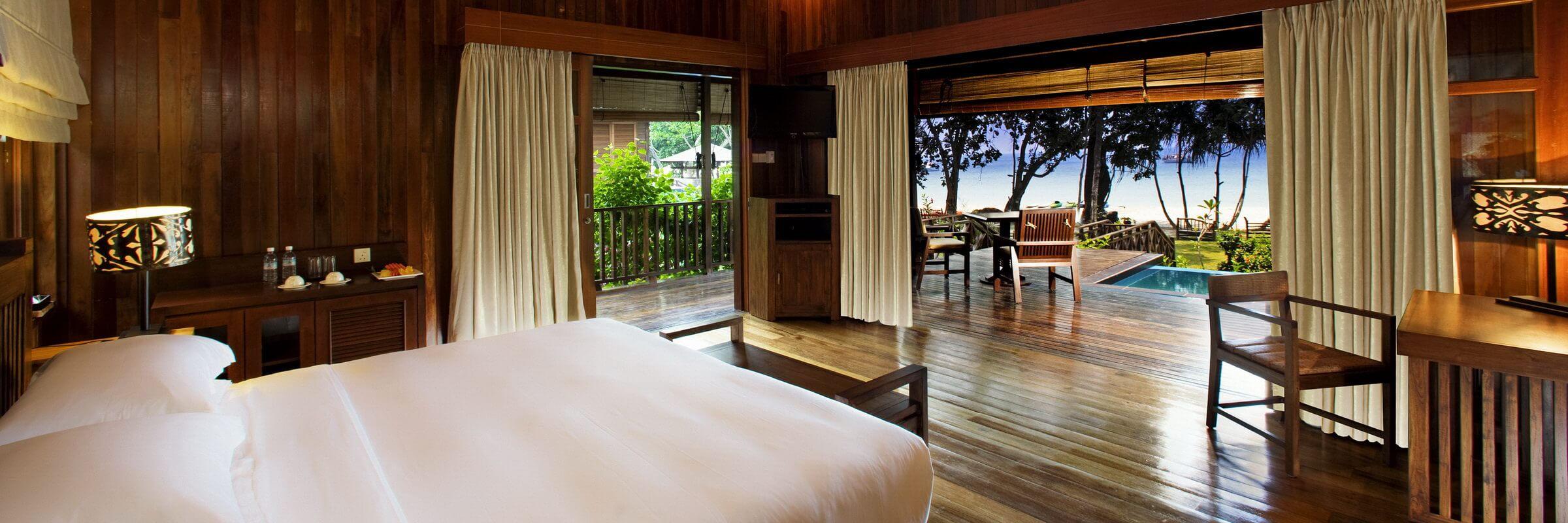 Die Plunge Pool Villen im Bunga Raya Island Resort & Spa sind 87 qm groß und haben einen eigenen kleinen Pool auf der Terrasse.