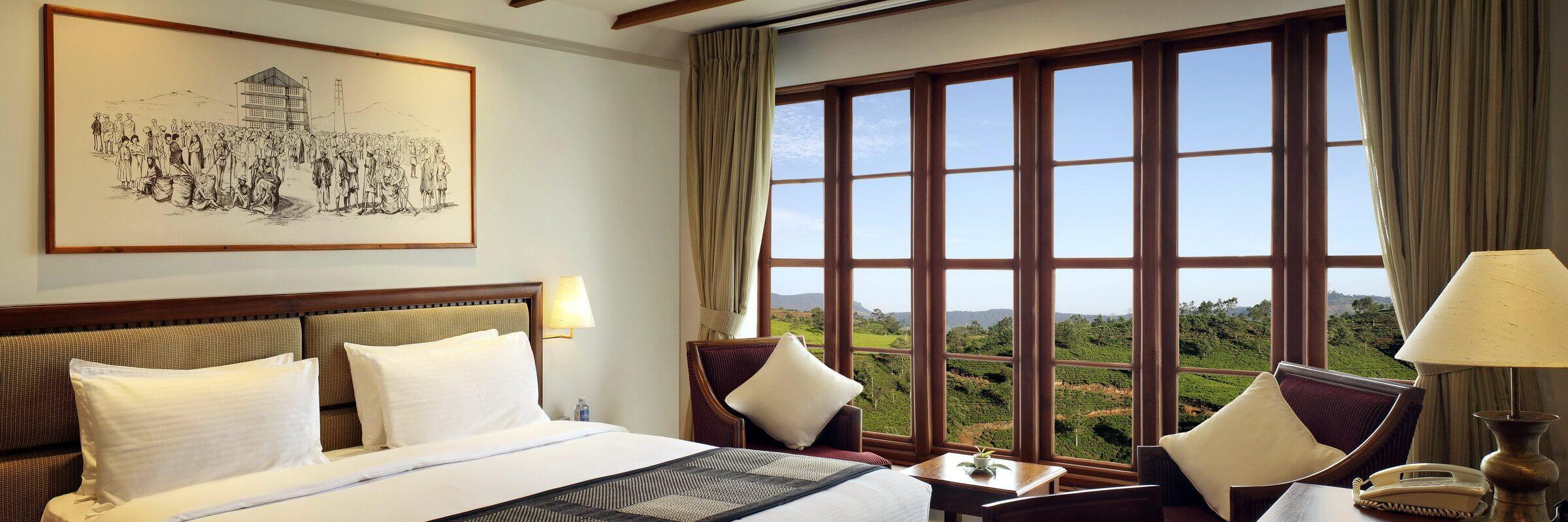 Die Innenansicht der luxuriösen Premium Zimmer des Heritage Tea Factory Hotels in Nuwara Eliya