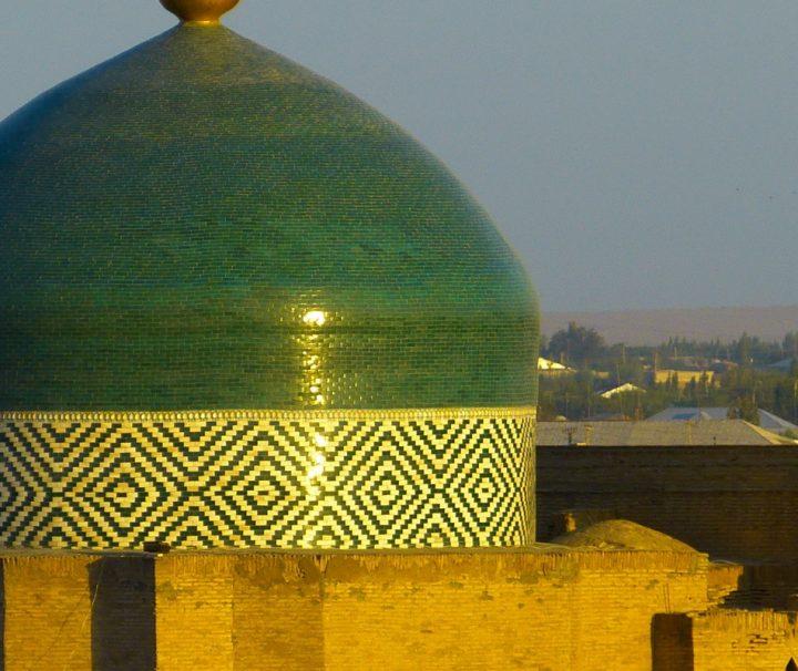 Chiwa in Usbekistan ist seit 1967 eine Museumsstadt, 1990 wurde die historische Altstadt in die Liste des UNESCO- Weltkulturerbes aufgenommen.
