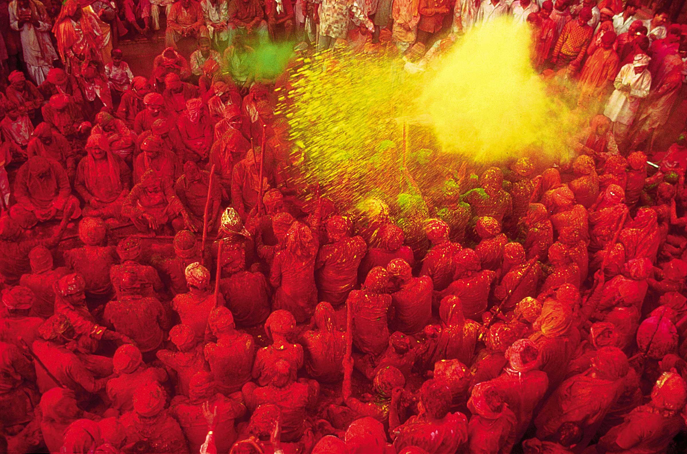 Das Holi Festival ist ein hinduistisches Frühlingsfest, welches je nach Region 2 bis 10 Tage dauert.