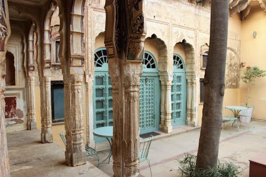Wunderschönes Hof des Hotels Vivaana