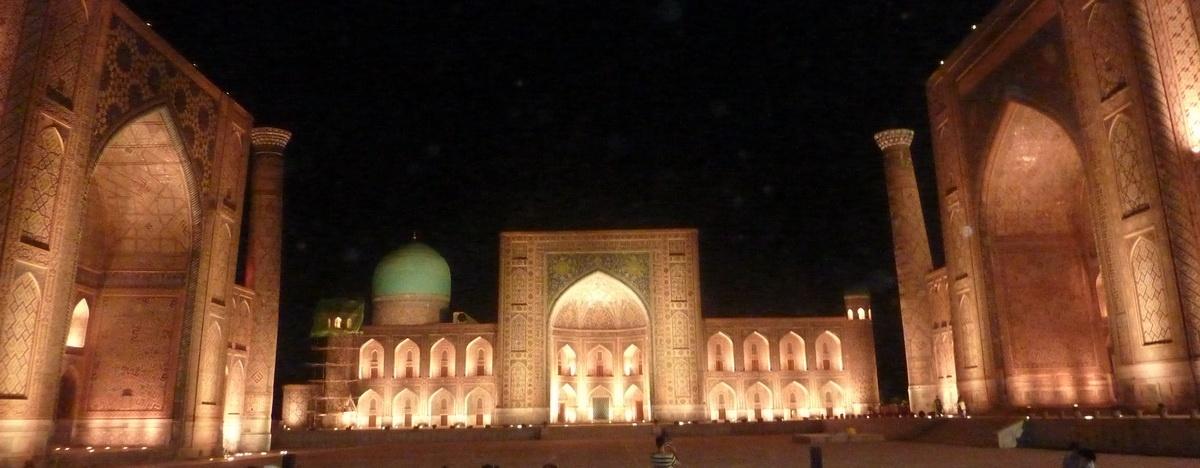 Usbekistan bei Nacht