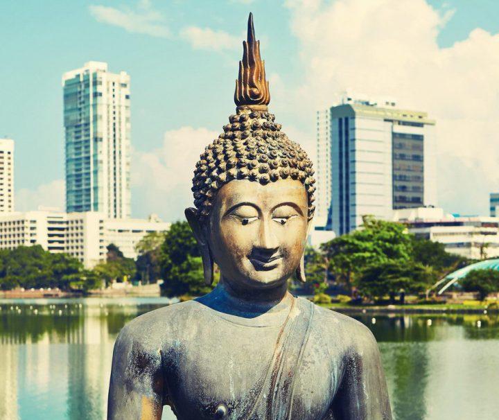 Der Beira Lake liegt im Zentrum der Stadt Colombo.