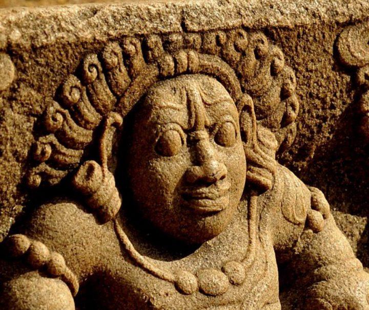 Vom 4. Jh. v.Chr. bis Ende des 10. Jahrhunderts war das antik Anuradhapura die erste Hauptstadt Sri Lankas.