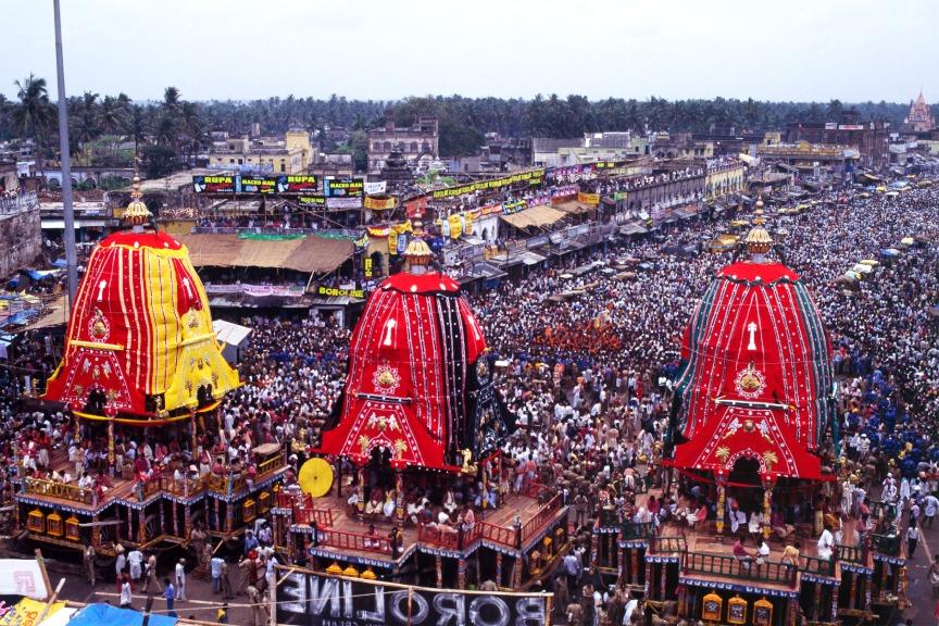 Das Ratha Yatra Festival in Puri ist dem Gott Jagannath gewidmet und zelebriert dessen jährlichen Besuch im hinduistischen Gundicha Tempel.