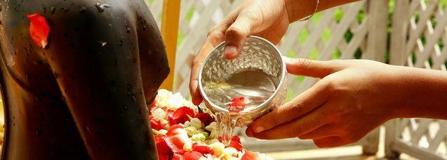 Ehrung zum Songkran Fest in Thailand