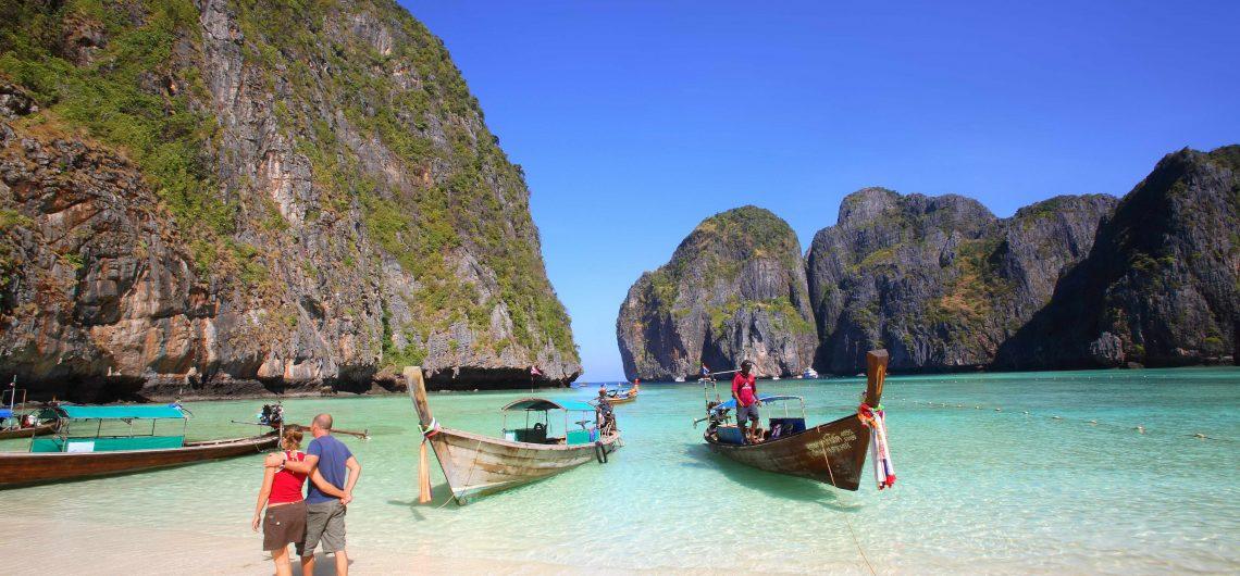 Maya Bay, Phi Phi Le Island, Hat Noppharat Thara - Mu Ko Phi Phi National Park, Krabi